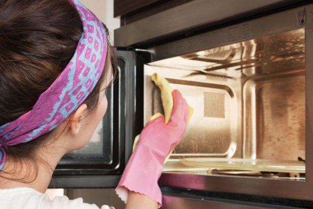 how to clean oven glass without scratching